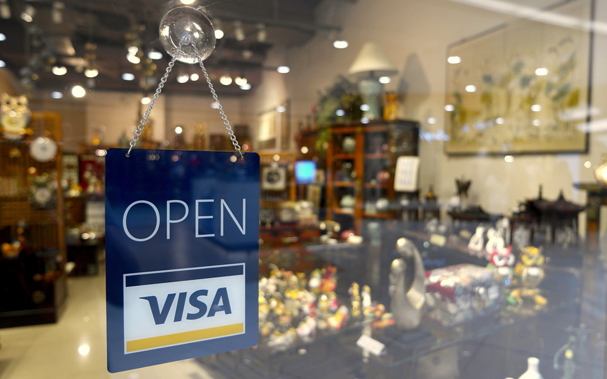 Articles about Credit Cards relating to Qualifying for a Home Loan